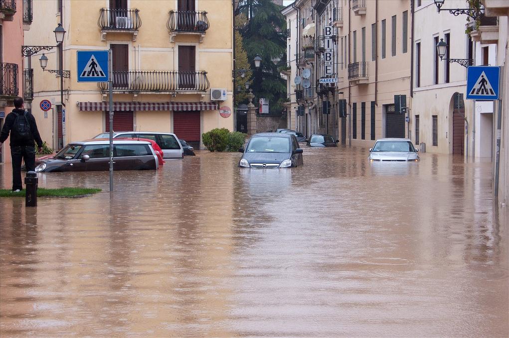Tekneco - Cambiamento climatico: danni e perdite per l'Italia