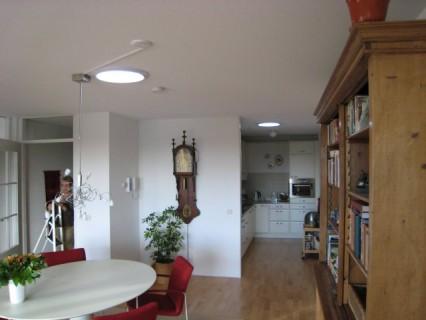 Lucernari tubolari la luce naturale in casa tekneco - Specchi riflettenti luce solare ...