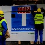 Greenpeace activists block secret TTIP talks in Brussels
