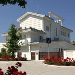 Esempio-di-Casa-Eco-sostenibile-in-Ecovillaggio-Montale